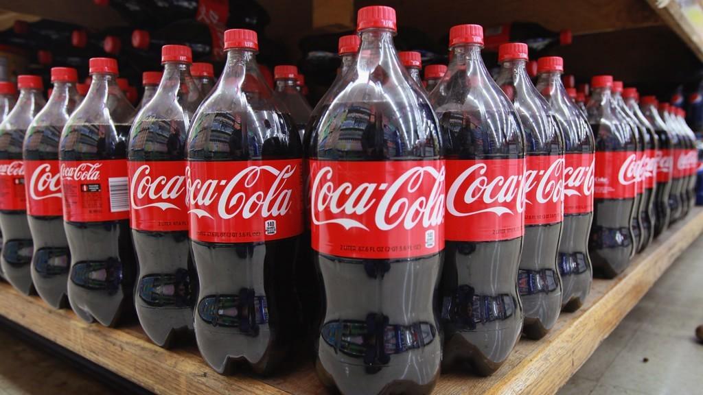Бутылки Coca-Cola