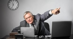 Незаконно уволили с работы - что делать?