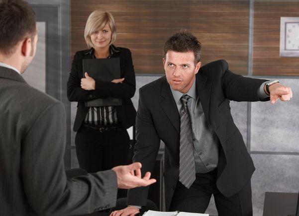 Сместить начальника с должности