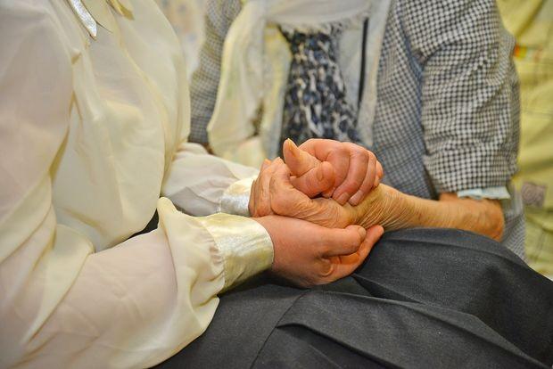 Опека над пожилым человеком