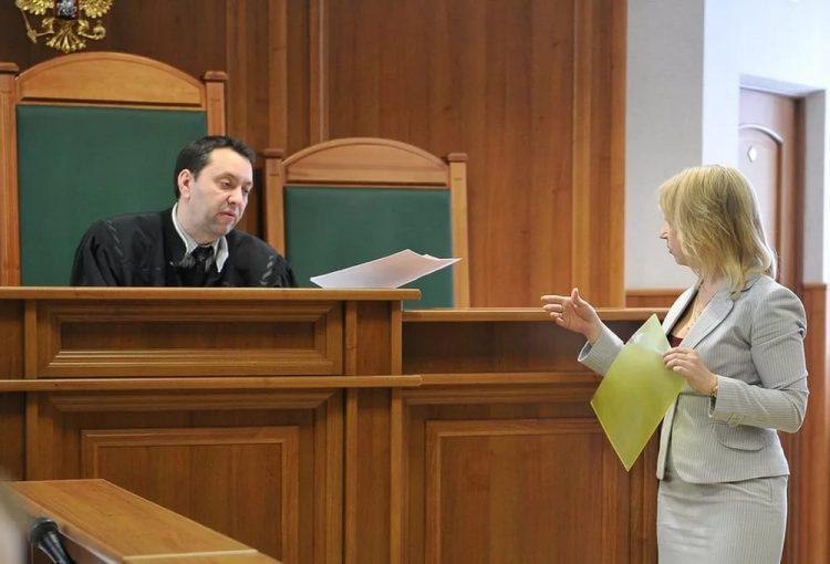 Заемщик подает в суд на МФО