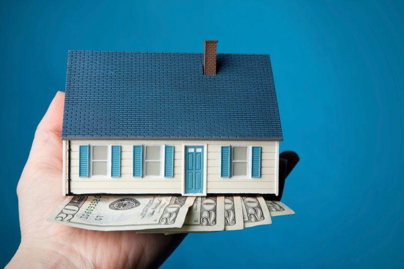 Деньги под залог квартиры в МФО