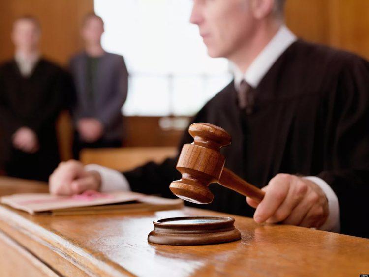 Судебное разбирательство с МФО
