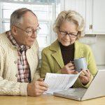 Пенсионеры оформляют кредит онлайн