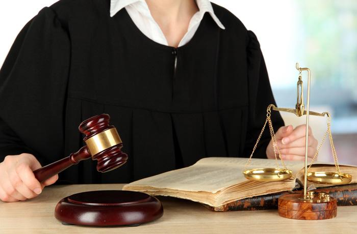 Подача судебного иска